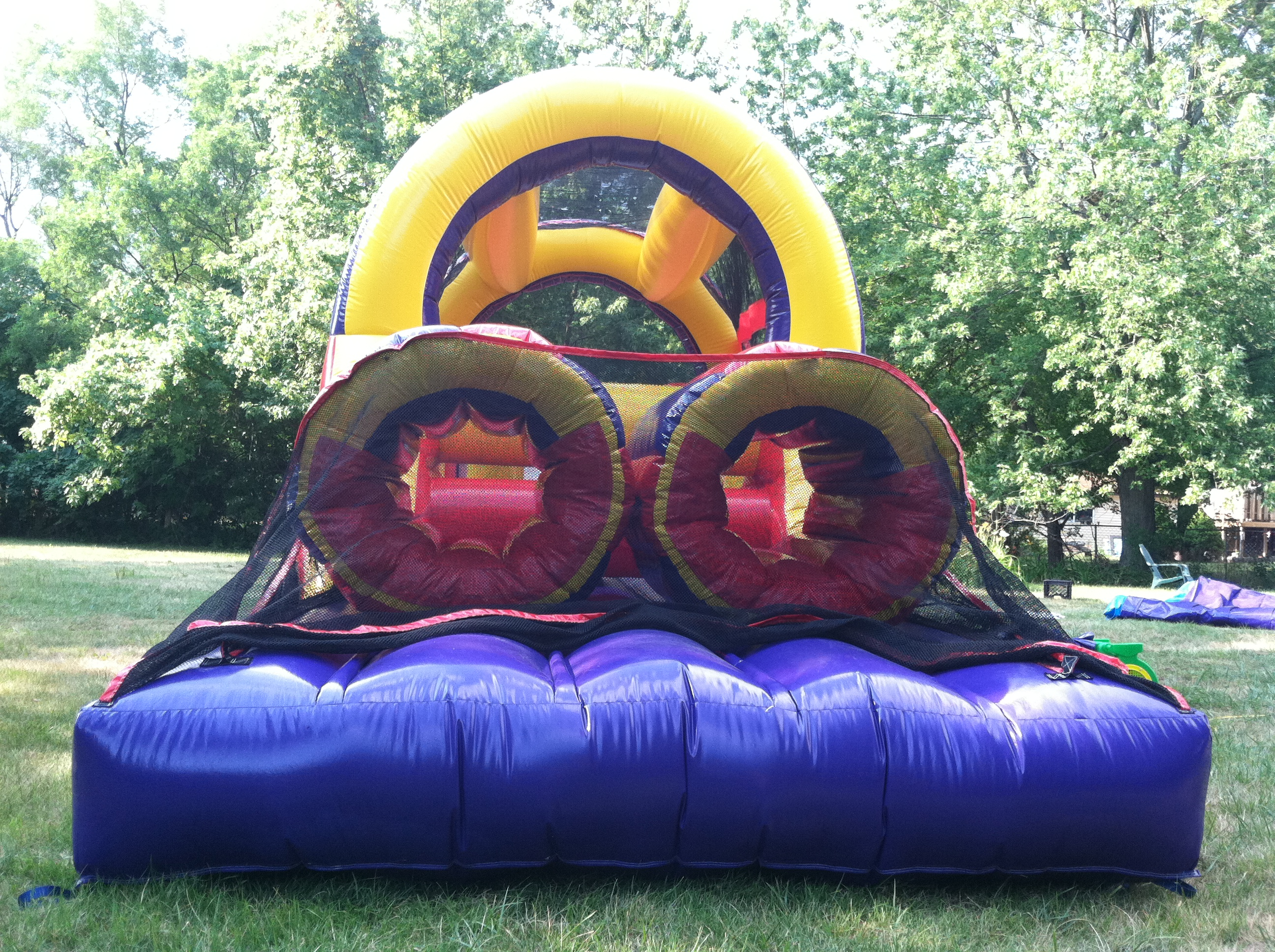 rent a inflatable obstacle course ft myers florida